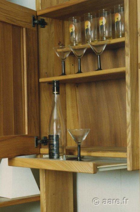 meuble interieur bar orme massif sur-mesure