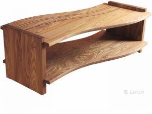Vue de la table basse Arum en orme massif